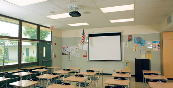 Jurupa School District Simplifies Classroom Av And
