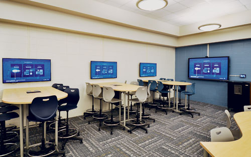 Mobile County Public Schools Use Extron Collaboration Technology to Create Busy Learning Spaces