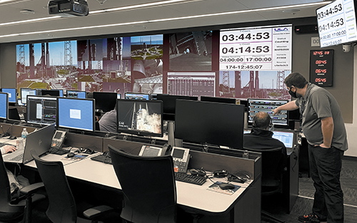 Extron Quantum Ultra Drives Multiple Videowalls at United Launch Alliance
