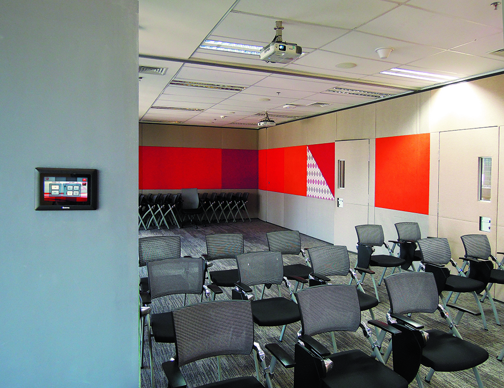 Each divisible training room provides a Pro Series TouchLink touchpanel mounted to a fixed wall, optimizing room configuration flexibility.