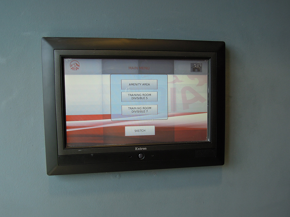 Customized screens on the Pro Series touchpanels enable easy reconfiguration and device selection.
