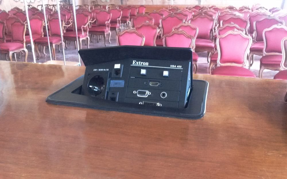 Extron Hideaway HSA 400 units offer AV connectivity and power at the table.