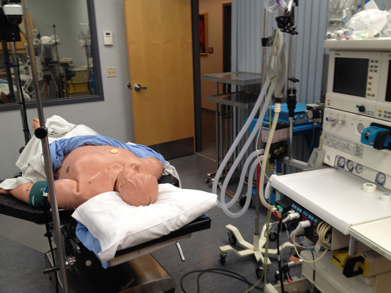 Smaller simulation labs are ideal for very specialized surgical instruction and practice sessions.