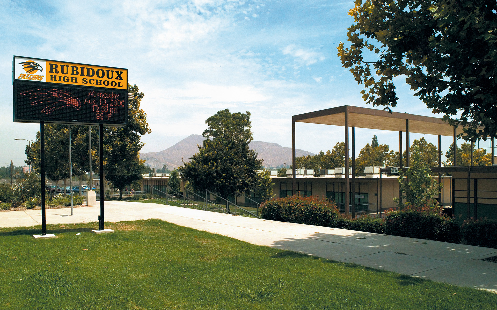 Jurupa School - Building