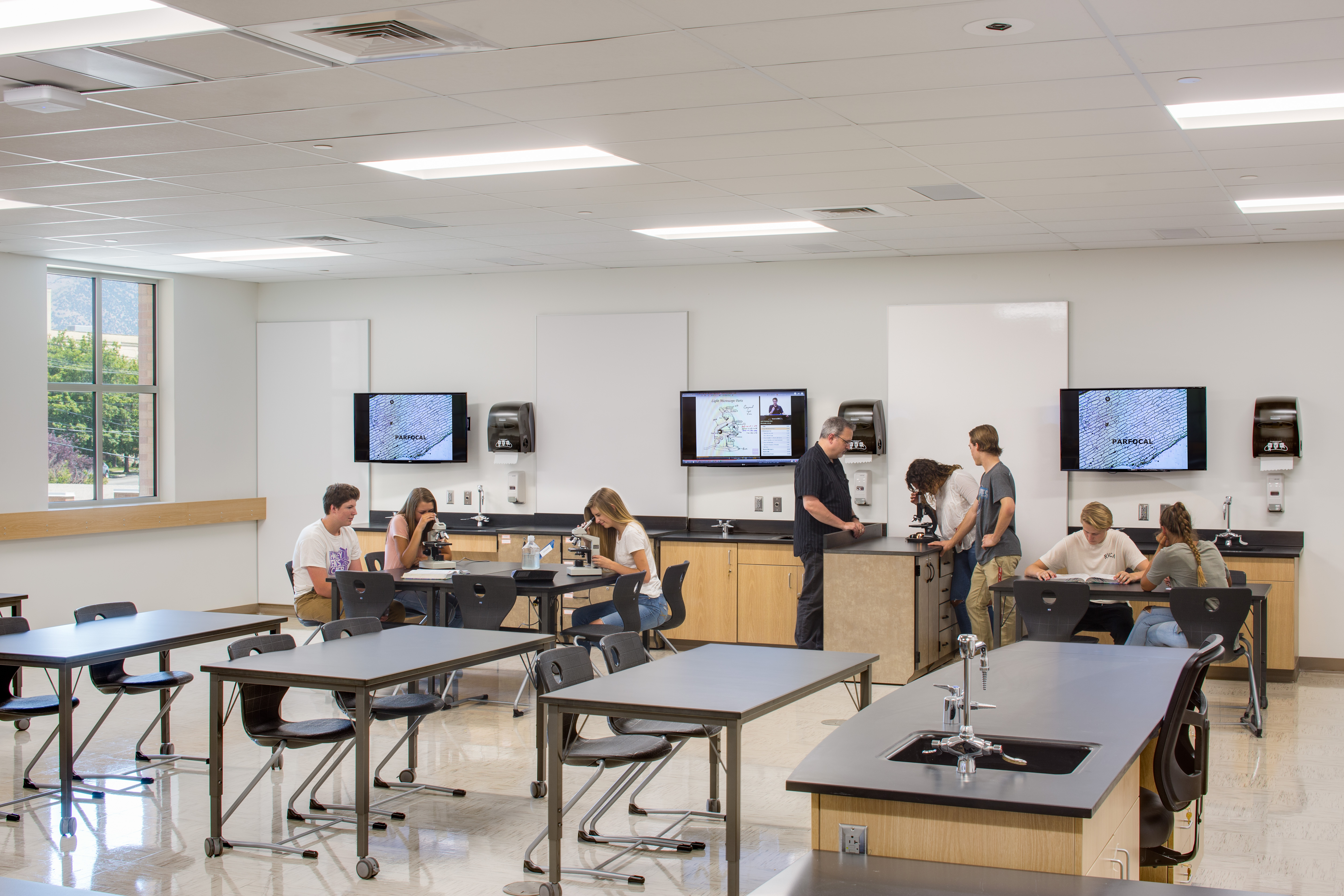 Learning Lab with a flat panel display above each workstation
